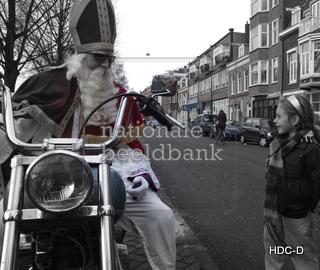 15-nationalebeeldbank_2009-11-381362-2_sint-ter-harley